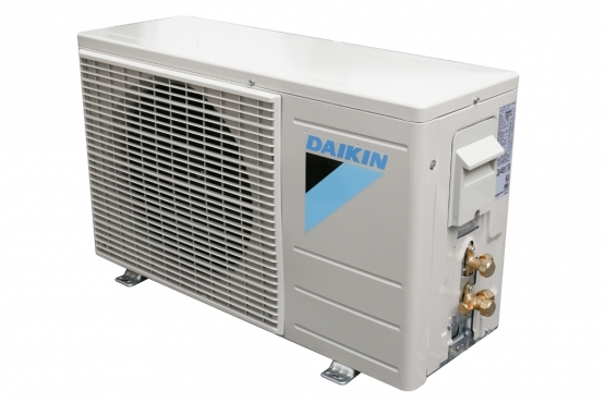 5-may-lanh-daikin-ftc60nv1v-2.5hp-gas-r32