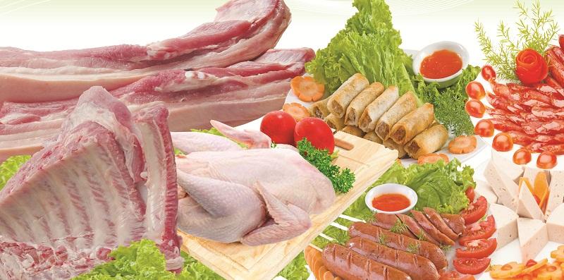Ngăn kệ làm từ kính chịu lực giúp chứa được nhiều thực phẩm